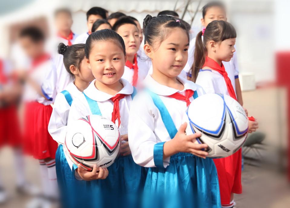 """欧冠是别人的,""""快乐足球""""才是自己的"""