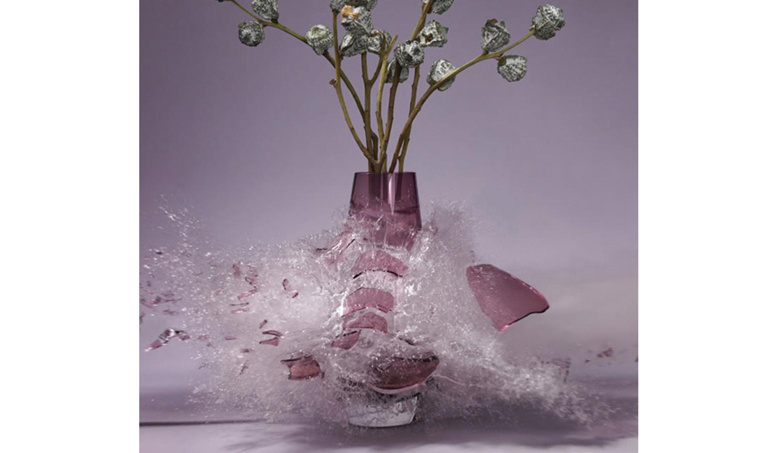 摔碎花瓶的应聘者