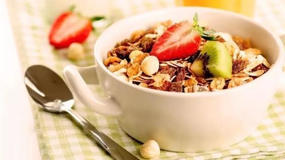 想瘦的进!这4款食物抗饿不长肉、加餐不增肥
