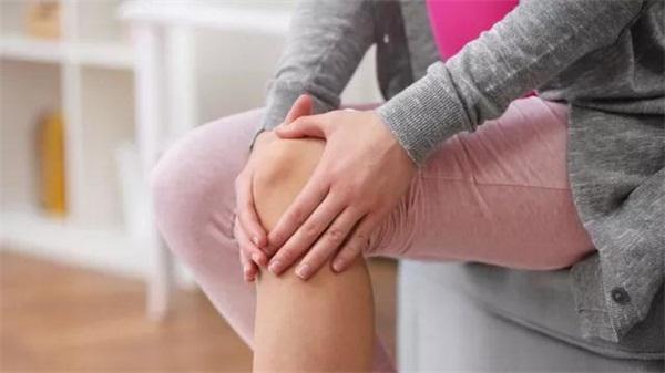 为什么女人的膝关节坏得比男人快?