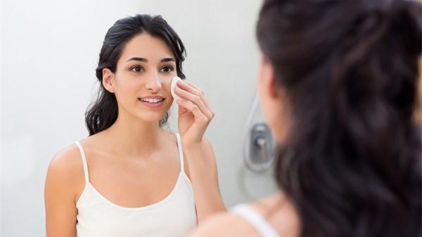 健康与否,看脸色就知道!这5种脸色要小心