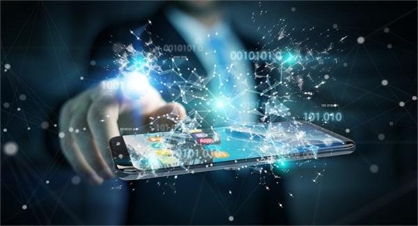 别做时代的局外人,科技创新才能共赢未来!
